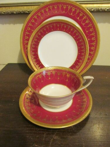 Royal Worcester England Cup And Saucer Salad Dessert Plate Burgundy Red Gold