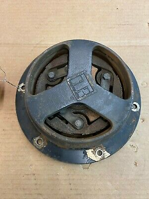 Yanmar 3tne66k Clutch And Pulley
