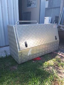 Tool box large aluminum Old Noarlunga Morphett Vale Area Preview
