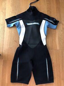 Women's wetsuit size 9/10