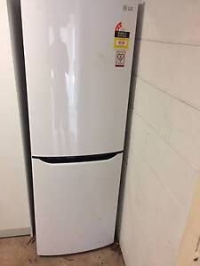 RENT a 350L LG fridge from $30/Mth (month-to-month) Marrara Darwin City Preview