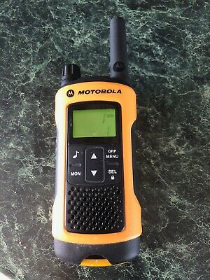 Motorola TLKR T80 Extreme Walkie Talkie
