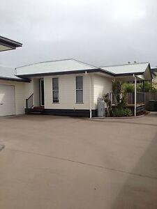 2 Bedroom unit for rent in South Mackay. Mackay Mackay City Preview