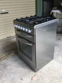 Upright cooker Gas(LPG) burners/Electric oven stainless steel.
