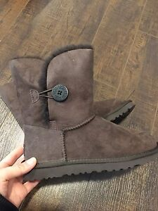 Ugg Bailey button boots brand new