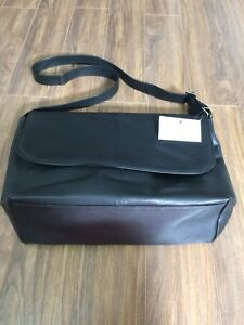 Sac messager en cuir NEUF/ Leather Messenger bag BRAND NEW