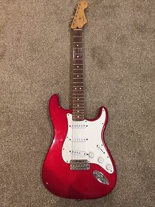 Fender Deluxe Series Stratocaster MIM