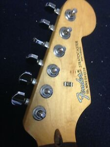 1992 Fender Stratocaster Rosewood (Neck + Tuners Only)