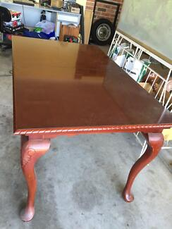 8 seater extendable table Bomaderry Nowra-Bomaderry Preview