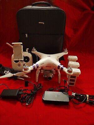 Dji phantom 3 advanced drone  with 3 batteries & extras. See pictures.