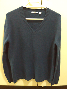 New Uniqlo womens alpaca wool jumper, size 10-12. RRP 50 Surry Hills Inner Sydney Preview