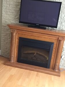 OAK FIREPLACE UNIT - ELECTRIC
