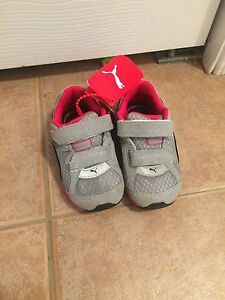 Brand new PUMA running shoes toddler size 7