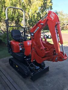 One tonne Kubota excavator dry hire $155 Wurtulla Maroochydore Area Preview