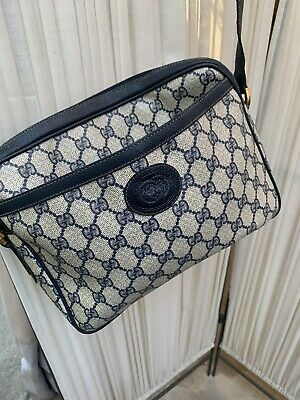 Vintage GUCCI Cross body Shoulder Bag Handbag Purse GG made in Italy