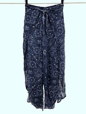 Abercrombie & Fitch XS Ankle Split Leg Pants Blue White Floral Tie Front Boho