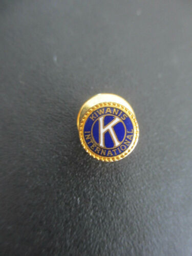 Vintage Gold Tone Kiwanis International Round Pin