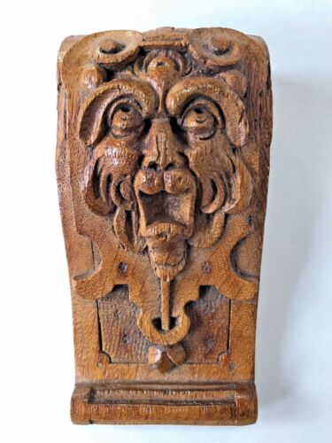 BEAUTIFUL Antique Hand Carved Oak WOOD FIGURAL FACE NORTHWIND CORBEL A