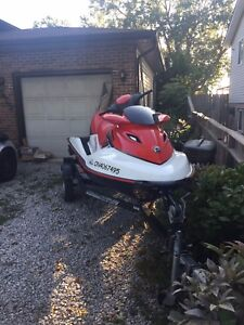 2007 SEADOO WAKE 215 for $7000.00 obo.ONLY 52 hours