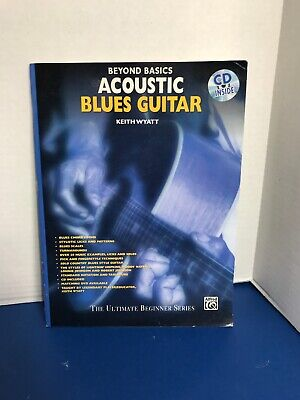 Acoustic Blues Guitar Book (Beyond Basics: Acoustic Blues Guitar, Book & CD [With CD] by Keith Wyatt (Englis )