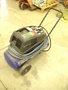 5 HP oil less air compressor with a 50 ft hose