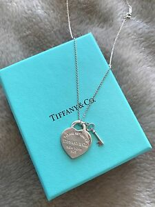 Tiffany & co heart with key necklace Aspendale Gardens Kingston Area Preview