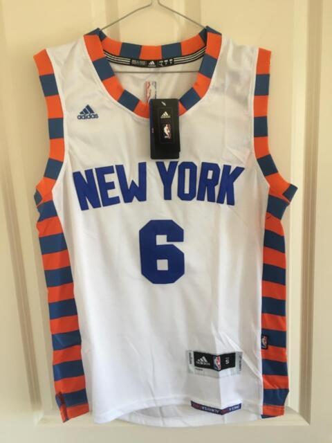 Kristaps Porzingis New York Knicks Adidas Jersey Small  2479c7774
