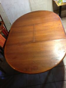 Dining table Salisbury Brisbane South West Preview