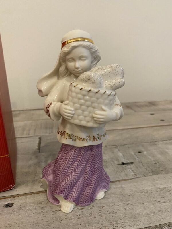 LENOX Nativity FIRST BLESSING BAKERS DAUGHTER sculpture in BOX First Quality