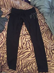 BRAND NEW (no tags) Love Pink Size Small sweats