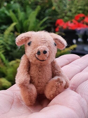 Vintage Miniature Pig fully jointed mohair? Only 2