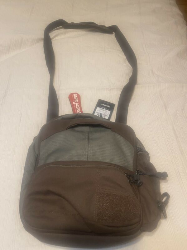 Vertx Essential Sling 2.0; Commuter and EDC bag