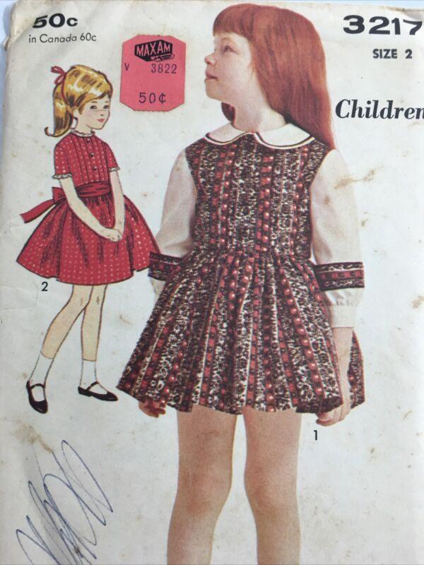 1960s ADVANCE 3217 Vintage Sewing Pattern Childrens Dress Size 2