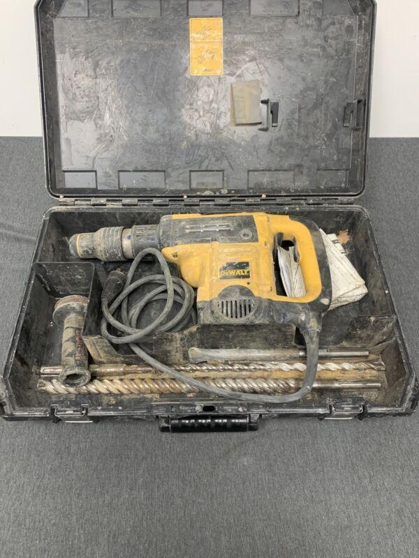 "DeWALT D25501 1-9/16"" SDS Max Rotary Combination Hammer w/ Case electric corded"