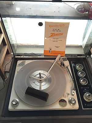 Zenith Z565 Record Player Circle of Sound Mid Century Record Player