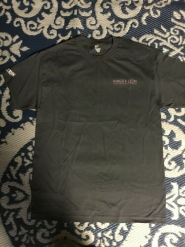Kings of Leon All Access T-shirt in Gray. Walls Tour.  Size Large.