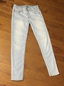 American Eagle outfitters superstretch size 0 skinny jeans