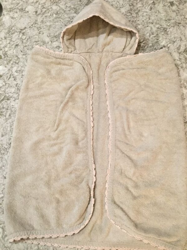 RESTORTATION HARDWARE Baby & Child Taupe W/Pink Trim Hooded Towel. Excel. Cond.