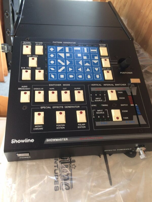 SHOW-TIME ANALOG VIDEO SWITCHER/ PATTERN SPECIAL EFFECTS GENERATOR NOS! NIB!