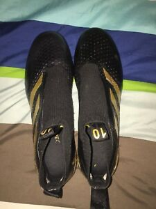 Size 10 adidas pogboom cleats