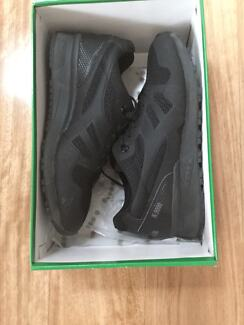 Brand new Diadora N9000 triple black sneaker