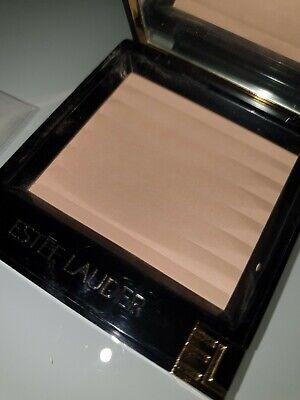 Estee Lauder Pressed Powder (Make-Up Estee Lauder women Aero Matte pressed powder 2c light medium )