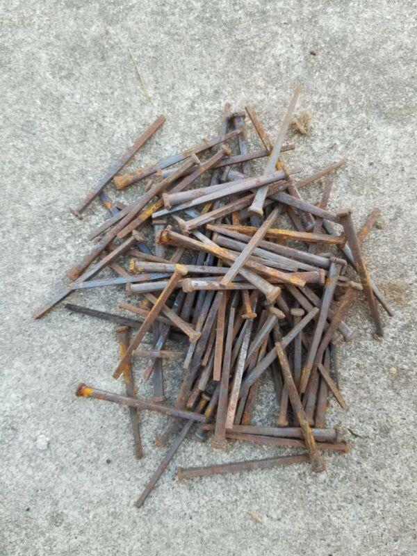"100 Antique 3"" Steel Square Cut Head Nails Rusty Lot Original Spikes"