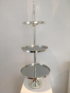3 tier silver mirrored stands