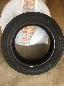 "19"" Michelin Latitude tour. 245/55/19"