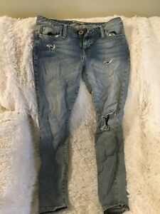 GUESS ripped JEANS -size 28