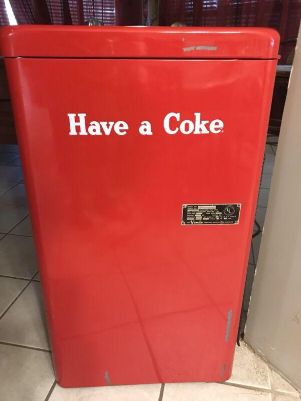 1950's Vendo A23E Coke/Coca Cola 23 Spin Top Vending Machine~ WORKS PERFECTLY
