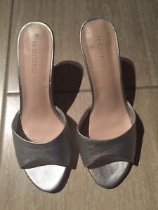 Size 7 woman's dress shoes