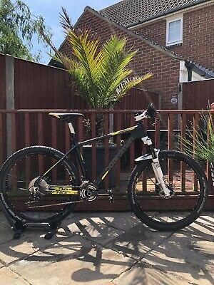 Boardman Pro Carbon 650b Mountain Bike