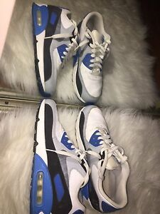 Nike Air Max in Blue